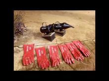 Embedded thumbnail for Het Verhaal van Bijenteelt aan het Instituut voor Agrarisch Ondernemerschap (IRE), Nkambe, Kameroen