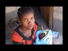 Embedded thumbnail for La jeune fille de Bertoua au Cameroun.